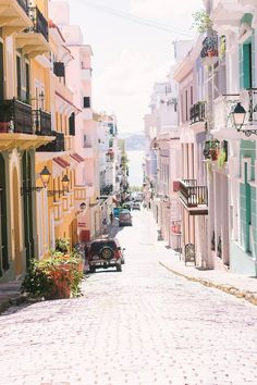 Travel Guide to Puerto Rico - Places To Stay, Where To Eat & More #modelagem, #MODA #búzios #turismo #férias #travel #tripe #seguros #summer #verão #gastronoimia