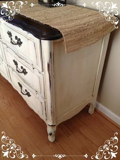 Vintage Country Style: Get Inspired! Before & After Dresser Using Annie Sloan Chalk Paint