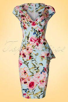 Dieses 50s Vera Floral Pencil Dress ist eine echte elegante Schönheit! Ein typisches 50s Kleid mit den flachen Falten am Busen und dem eleganten, seitlichen Volant, den niedlichen Knöfpchen an den Schultern und dem atemberaubenden Blumenmuster, wow! Hergestellt aus einem leicht dehnbaren, pastellblauen Baumwolle-Mix der deine Kurven wunderbar betonen wird, ohne aufzutragen. Du wirst in Vera diesen Sommer die schönste Blume sein!   V-Halslinie Kurze, &u...