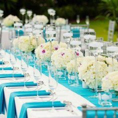 Love this tiffany-like color setting. Very classic.