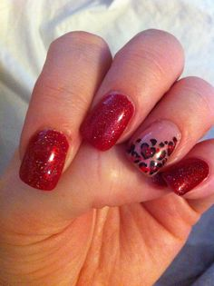 Red valentine nails w/ red cheetah accent nail Get Nails, Fancy Nails, Love Nails, Sparkle Nails, Silver Nails, Glitter Nails, Fabulous Nails, Gorgeous Nails, Pretty Nails