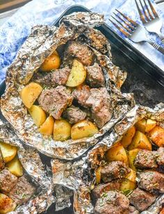 This Grilled Butter Garlic Steak & Potato Foil Pack Dinner is the quick and easy dinner idea you were looking for, but thought you'd never find. Steak & potatoes were meant to go together, and they come through as the shining stars they were meant to be in this simple,[Read more]