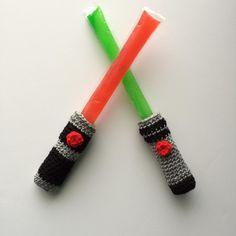 Crocheted Lightsaber popsicle cozies!  #starwars #crochet #lightsaber