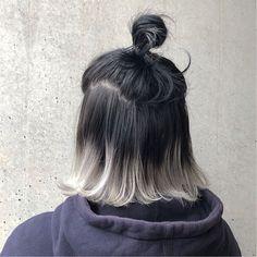 11 Top Short Silver Grey Hair Color Ideas 2019 On Haircuts On Haircuts Short Grey Hair color Grey Hair Haircuts Ideas shor Short Silver Top Two Color Hair, Ombre Hair Color, Cool Hair Color, Short Gris, Silver Ombre Hair, Grey Ombre Hair Short, Hair Streaks, Aesthetic Hair, Dream Hair
