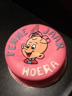 Tomke taart Cakepops, Birthday Cake, Cupcakes, Desserts, Food, Birthday Cakes, Meal, Cake Pop, Cupcake