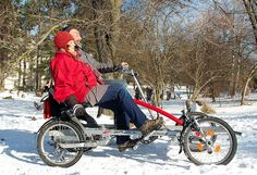der 2-Rider ist für jede Jahreszeit geeignet / You can ride in the snow or any time of the year with this 4-wheel bike, the 2-Rdier