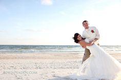 Beach Wedding Photo Ideas : Dip me : adriapeaden.com