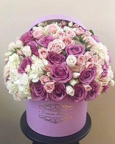Luxury Flowers, Big Flowers, Amazing Flowers, Beautiful Roses, Beautiful Flowers, Wedding Flowers, Flower Bouquet Boxes, Flower Box Gift, Beautiful Flower Arrangements