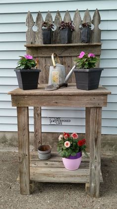 DIY Potting Bench From Reclaimed Fencing