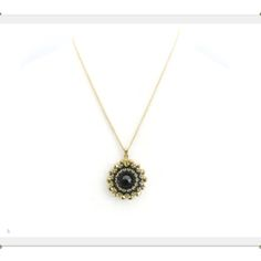 Lacey- Swarovski Rivoli pendant necklace