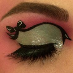 BEAUTY & MAKEUP - Super cute bow look by Missbettyleigh using Sugarpill Dollipop and Mochi eyeshadows.