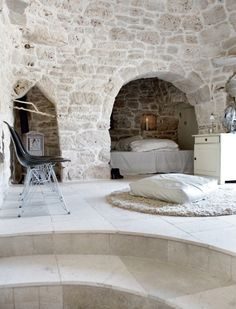 Cave-like bedroom <3
