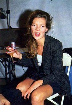 kate-jam-and-diamonds:  backstage 90s