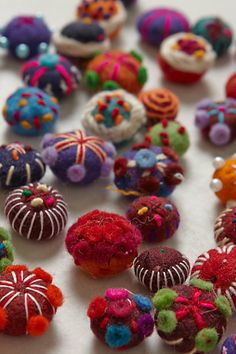 Felted Gift Toppers