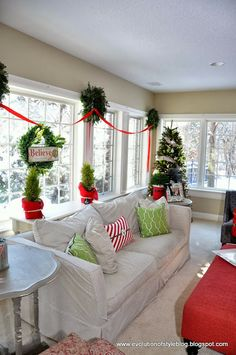 1000 Images About Christmas Decorating On Pinterest Burlap Ribbon