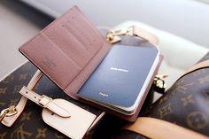 Louis Vuitton - Passport case