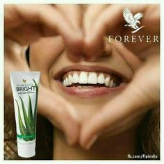 Forever Living has the highest quality aloe vera products and is recognized as the world's leading multi-level marketing opportunity (FBO) for forty years! Aloe Vera Uses, Aloe Vera For Skin, Natural Aloe Vera, Forever Living Company, Forever Living Business, Forever Bright Toothgel, Aloe Vera Supplement, Forever Freedom, Aleo Vera