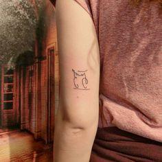 Minimal Line Owl Tattoo Simple Line Tattoo, Summer Tattoo, Line Tattoos, Ceramic Jewelry, Simple Lines, Tatting, Design Art, Tattoo Ideas, Owl