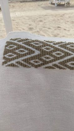 Probe cu fire de mătase – Merceria IElena Embroidery Stitches, Diy And Crafts, Crocheting, Fire, Symbols, Clothing, Artists, Crochet, Knits
