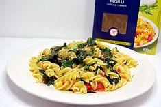 Paste rapide cu spanac si ardei Vegan Recipes, Vegan Food, Paste, Pizza, Ethnic Recipes, Green, Vegan Sos Free, Vegan Meals, Vegetarian Food