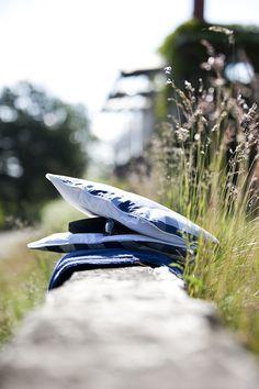 Hästens accesories bring confort to every jorney @ Hästens travel pillow