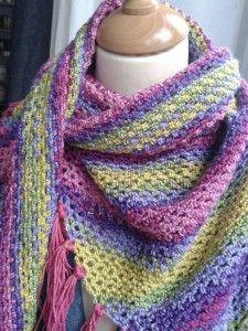 """* Châle crocheté, coup de foudre """"cotonneux"""" * - * Alida Cilli's tricks and tips * Love Crochet, Crochet Gifts, Diy Crochet, Crochet Baby, Knitted Baby, Crochet Shawls And Wraps, Crochet Scarves, Crochet Clothes, Crochet Designs"""