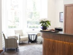 London Weekend Apartments are suitable for the nature of your trip and your lifestyle. Presidential Apartments are located at the heart of London and are aptly priced to give the kind of service you deserve.