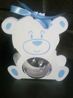Boite à dragées boule plexi ourson bleu (les contenants sont livrés sans dragées) boule plexi 5cm  Le prix comprend la boule et son écrin si vous voulez commander sans boul - 20358766