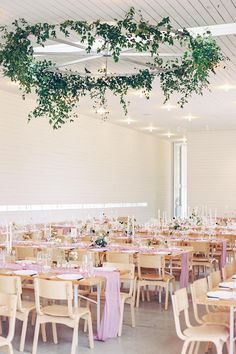 When this bride preferred a minimal overall look, LBB member @wildskyevents focused on candles and other texture elements so that the reception tables didn't feel empty. We absolutely LOVE the way the taper candle holders added dimension to the scene without drawing too much attention!  Photography: @featherandtwine  #minimalwedding #modernwedding #austinwedding #prospecthouse #receptionideas Pink Green Wedding, Pink Wedding Theme, Wedding Reception Design, Reception Table, Wedding Ideas, Houses In Austin, Prospect House, Minimal Wedding, Wedding Mood Board