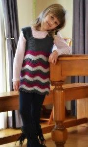 Crochet Patterns Girl Ripple Dress - Roundup of 12 Gorgeous and FREE Crochet Dress Patterns for Girls! Crochet Ripple, Crochet Diy, Easy Crochet Patterns, Crochet For Kids, Crochet Stars, Thread Crochet, Crochet Stitches, Girl Dress Patterns, Clothing Patterns