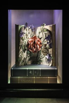 HARRODS POP UP FLOWER CAMPAIGN | Boadicea Window Display | May 2015 by Millington