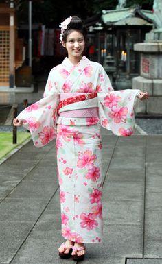 I Love She - Emi Takei Japanese Wife, Japanese Kimono, Japanese Style, Beautiful Japanese Girl, Japanese Beauty, Japanese Outfits, Japanese Fashion, Kimono Dress, Kimono Top