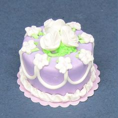 Dollhouse miniature cake 1:12 scale polymer clay lavender and White Loops and roses dolls house food