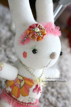 Sock Bunny by Y.H.Guo on Flicker (see for other designs)