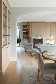 Style At Home, Modern Classic Interior, Modern Country Style, Pinterest Home, European House, Classic House, Living Room Inspiration, Home Interior Design, Living Room Designs