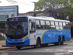 Ônibus da empresa Viação Dourados, carro 2138, carroceria Mascarello Gran Via 2014, chassi Mercedes-Benz OF-1724L BlueTec 5. Foto na cidade de Dourados-MS por Edivaldo Santos, publicada em 10/10/2016 20:17:11.
