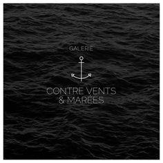 Refonte du logo de ma galerie « Contre Vents & Marées ». Petit lieu d'exposition, dans lequel je présente mes photographies en noir et blanc, situé à Regnéville-sur-mer dans la Manche (50), en bordure de mer.