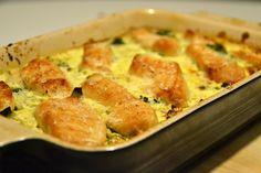broccolifad Food N, Food And Drink, Danish Food, Lchf, Quiche, Broccoli, Macaroni And Cheese, Bacon, Yummy Food