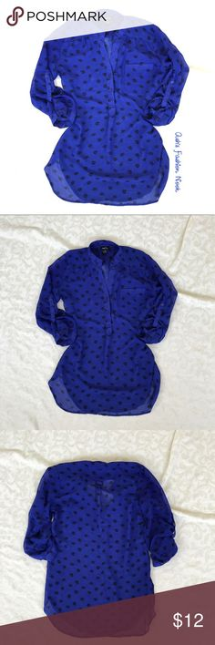 Rue 21-Royal Blue Skull Blouse 🌸Brand: Rue 21🌸 Color(s): Dark Royal blue color with black skull pattern Size: small Stretch: no Fabric Content: 100% polyester  Condition: Gently used condition  Note: has a frayed patch on right sleeve and bottom right of blouse, but there are no runs. Other than that great condition.   Measurements:  Pit to pit: ~20 inches  Length: ~29.5 inches Shoulders: ~18.5 inches Sleeves: ~19 inches 📦Bundle your likes, and I will send you a no obligation offer. Or…
