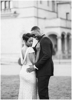 Classy engagement photos | Black and white | Styled engagement shoot | Asheville wedding photographers | www.storyandrhythm.com