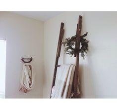 lovely vintage ladder for blankets