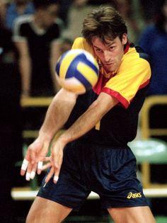 recepción de Rafa Pascual en su debut con la selección española de voleibol