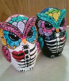 Ooak Dia de Los Muertos  Owl salt and pepper shakers - wickedly cool!