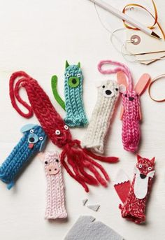 Tube Knitting: Fuzzy Friends Have your child tube-knit an entire zoo of puppets to outfit every one of his fingers. Or turn these cuddly cuties into stuffed ornaments, adding wildlife to a loved one's tree. No knit or loom yarn crafts - French knitting Spool Knitting, Loom Knitting Projects, Yarn Projects, Knitting For Kids, Knitting For Beginners, Simple Knitting, French Knitting Ideas, Knitting Patterns, Free Knitting