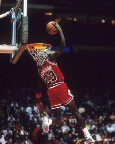 Favorite Jordan Dunk of All Time Nba Basketball, Street Basketball, Basketball Pictures, Basketball Legends, Basketball Uniforms, Basketball Tickets, Nba Pictures, Basketball Scoreboard, Basketball Shooting