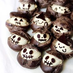 Jack Skellington chocolate ice cream choux puffs! 👻🎃✨ .⠀⠀⠀⠀⠀⠀⠀⠀⠀⠀⠀⠀⠀⠀⠀⠀⠀⠀⠀⠀⠀⠀⠀⠀⠀⠀⠀⠀⠀⠀⠀⠀⠀⠀⠀⠀⠀⠀⠀⠀⠀⠀⠀⠀⠀⠀⠀⠀⠀⠀⠀⠀⠀⠀⠀⠀⠀⠀⠀⠀⠀⠀⠀⠀⠀⠀⠀⠀⠀⠀⠀⠀⠀⠀⠀⠀⠀⠀⠀⠀⠀⠀⠀⠀⠀⠀⠀⠀⠀⠀⠀⠀⠀⠀⠀⠀⠀⠀⠀⠀⠀⠀⠀⠀⠀⠀⠀⠀⠀⠀⠀⠀⠀⠀⠀⠀⠀⠀⠀⠀⠀⠀⠀⠀⠀⠀⠀⠀⠀⠀⠀⠀⠀⠀⠀⠀⠀⠀⠀⠀⠀#sweet #photography#potd #food#foodporn#foodie#travel#japan#love#dessert #instalike #halloween #kawaii#choux #summer#creampuff #cute#instagram#photo#pic#baking#シュークリーム #スイーツ#お菓子 #art#cupcakeproject#beautifulcuisines#ケーキ#可愛い#buzzfeast