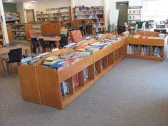 Browsing bins for elementary schools and preschools School Library Decor, Kids Library, Dream Library, Elementary Library, Library Books, Library Ideas, Elementary Schools, Library Organization, Library Shelves