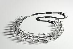 Blanche TILDEN,Australia:  Palais, necklace. borosilicate glass, 925 silver. Technique: glass flameworked, silver oxidised