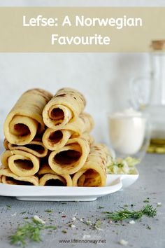 Lefse has a long history in Norway and it is an item that you will almost certainly encounter during a visit here. So why not learn more about this Norwegian favourite in advance? Norway Culture, History Of Norway, Fancy Dishes, Scandinavian Food, On The Go Snacks, Brochure Design Inspiration, Potato Pancakes, Norway Travel, Homemade