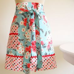 I think this is an apron - but I think a skirt like this would be darling!